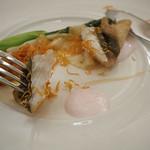 マゼランズ - 的鯛のフリット、シャンパーニュソース