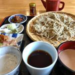 林檎舎 - ★★★★ 三昧そば  おしぼり汁(辛味大根)、醤油つゆ、胡桃だれの三種のつけ汁で堪能