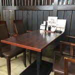 茶房・伽羅大野木店 - お店の内観です