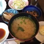 65351692 - 味噌汁&小鉢