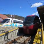 きじ亭 - 河口湖駅
