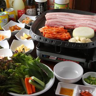 本場韓国人シェフが腕をふるう本格韓国焼肉家庭料理をご堪能