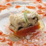 アロマフレスカ - 料理写真:試行錯誤を重ねた『穴子の香草蒸し フレッシュトマトの香り』