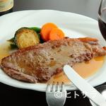 オリーヴ - シェフがつくる特製ソースと、『ステーキ』の旨味とのハーモニー