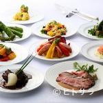 カフェトスカ - 野菜が豊富なランチ、テーマにこだわったディナーの各ブッフェ