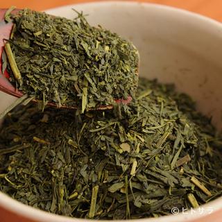 鯛茶漬け専用に特注でブレンドした深蒸し茶