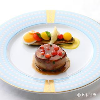 宮崎県産の食材をはじめとする旬の食材を使用しています