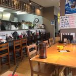 麺専科げんき - 店内をパシャ 平日の13時半