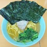 極楽汁麺 らすた - 海苔をどけたらこんな感じ。