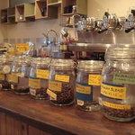 カフェ パラン - 料理写真:ダイレクトフェアトレードのスペシャルティコーヒー、取り揃えております。