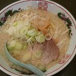 東京屋台らーめん 翔竜 - 翔竜麺