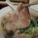 大阪麺哲 - 肉醤油雲呑のチャーシューその1