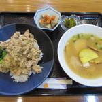 ギャラリー茶房「椿」 - 週替わりランチ 1000円