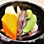 きしめん亭 - きしめん定食 1,050円(税込)の 野菜煮〆 2017.04.12