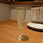 Bistro uokin - アンジュエール・ブリュット(590円)