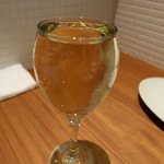 Bistro uokin - オーガニックワイン(590円)