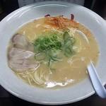 博多長浜ラーメン みよし - 【ラーメン】¥700