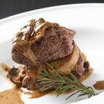 マティー - やわらかい仔牛フィレ肉と フォアグラのロースト
