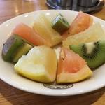 神戸屋レストラン - サラダバーのフルーツ