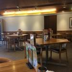 神戸屋レストラン - テーブル席