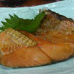 大衆酒場 亀屋 - 鮭カマ焼き
