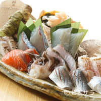 魚秀 - 【魚秀】の看板メニュー『港の刺盛り 極上』 ※画像は二人前