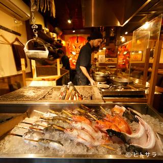 津々浦々、オーナー自ら目利きして仕入れる旬の鮮魚を楽しめる