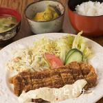 HANAMARU厨房 - カレーだけでなく定食も! 気取らずにおいしいものが味わえる