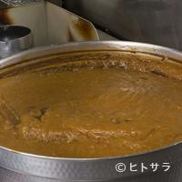 HANAMARU厨房 - 時間をかけて煮込んだ鶏ガラと牛アキレスのスープがベース