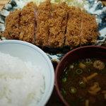 よし平 - 料理写真:熟成ロースかつ膳