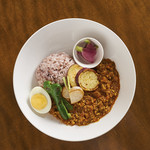 にこにこママズ キッチン バイ カヤ - 週替わり季節野菜のカレープレート