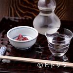 室町砂場 - 王道の日本酒が上品な蕎麦を引き立てる