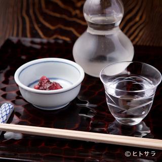 王道の日本酒が上品な蕎麦を引き立てる