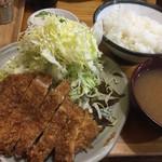 豊島屋 - ロースカツ定食