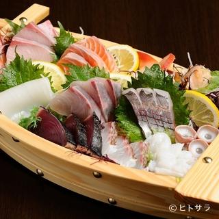 日本海の新鮮な魚介、鳥取和牛や大山ハーブ鶏など地元の食材