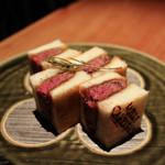 ミルカレス - Mille Caresses特製 和牛ヘレ肉のカツサンド☆