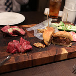 又三郎 - 又三郎のお肉をたっぷりと使った前菜の盛合せ☆