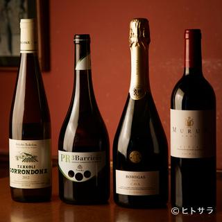 スペイン産の中でも、魚介に合うワインを各地からリストアップ