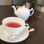 フランス焼菓子 シャンドゥリエ - 紅茶も香り高くとっても美味しい♡