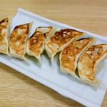 ラーメン 華香 - 焼き餃子