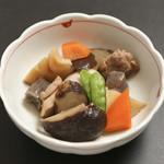 釜めしビクトリア - 博多がめ煮・・・360円