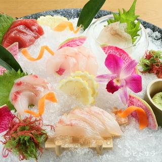 食材の宝庫・北海道産の食材が織り込まれた、季節感あふれる一皿