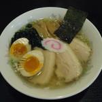 函館ラーメン 照和 - 料理写真:塩味玉子ラーメンチャーシュー+2¥950