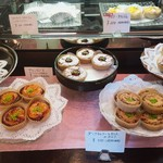 フランス焼菓子 シャンドゥリエ - 全種類大人買いしたいけど、少しお高めなのでガマン(^_^;)