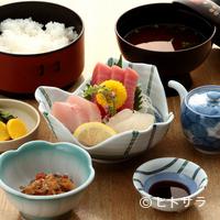 うおがし - 新鮮なお魚を贅沢に使った『刺身定食』