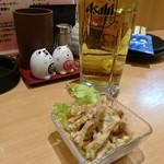元祖美唄やきとり 福よし - 晩酌セットのビールとひな皮ポン酢