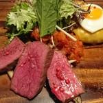 ワインバー エム - 岡山県 蒜山ジャージー牛のロースト