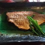 小魚阿も珍 - 日替りの赤魚の煮付け