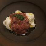 レインカラー - モッツァレラ・チーズにモッツァレラを詰めたモッツァレラ ブッラータ・チーズと酒盗2