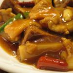 パンダ レストラン - 揚げ豆腐と豚肉の辛子煮